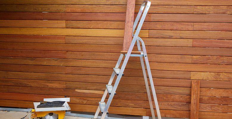 fencing contractor in Canada